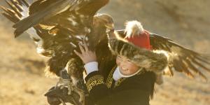 aisholdpan-eagle-huntress