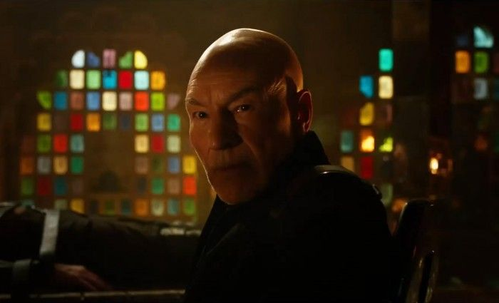 X-Men-Days-of-Future-Past-Trailer-Patrick-Stewart-as-Professor-X-in-Future-with-Wolverine-700x425