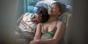 Night Comes On film review